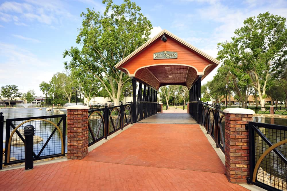 Bridge that crosses Mill Creek at Central Park in Bakersfield, CA